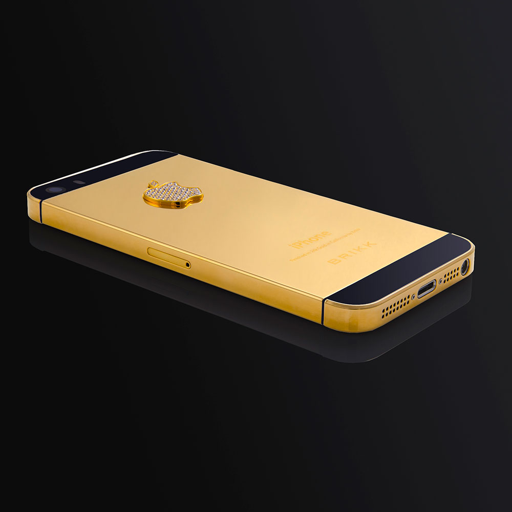 lux iphone 5s in black finished in 24k yellow gold with